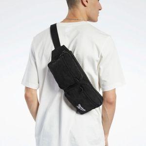 💕🐸 Reebok Classics Waist Bag / Belt